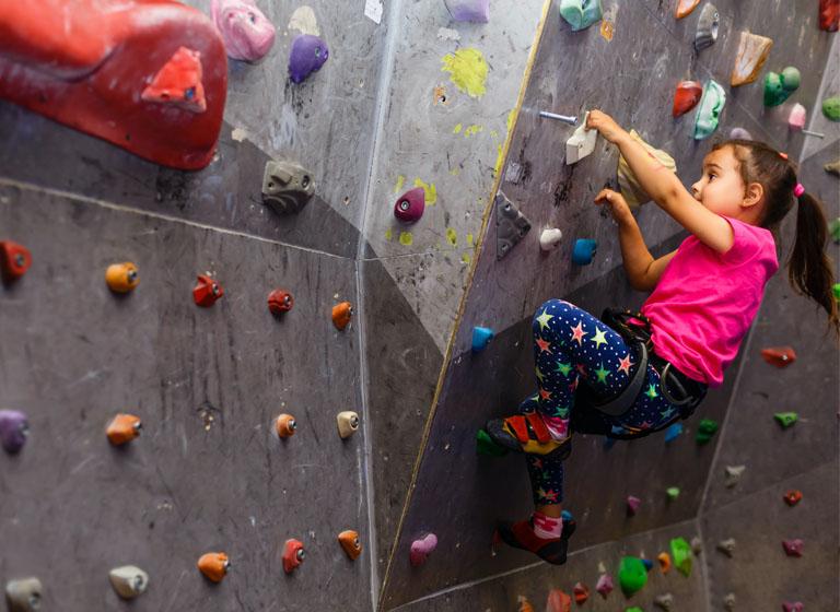 Grupos de escalada para niños
